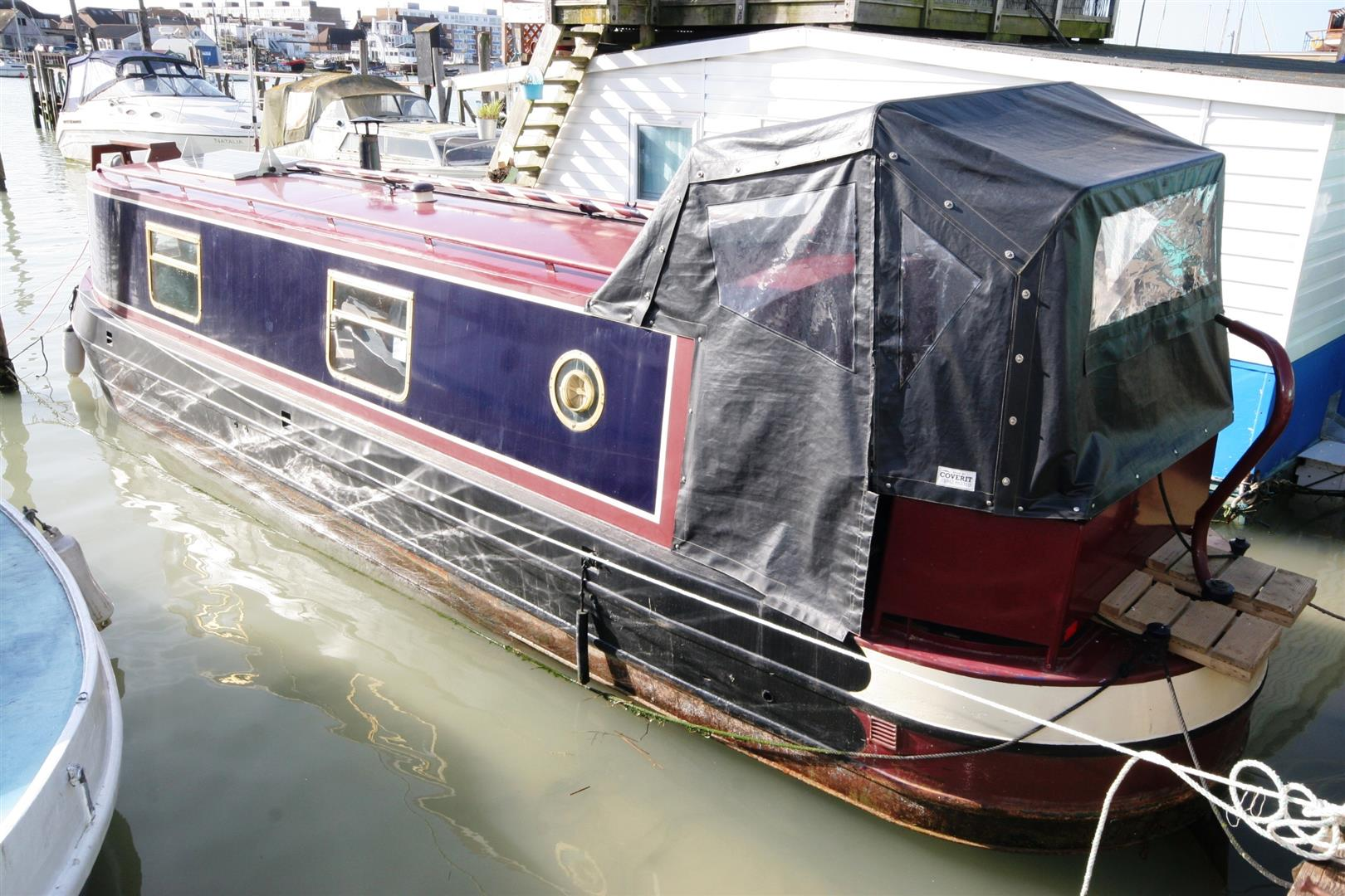 1 Bedroom Property for sale in Surry Boat Yard, Shoreham-By-Sea
